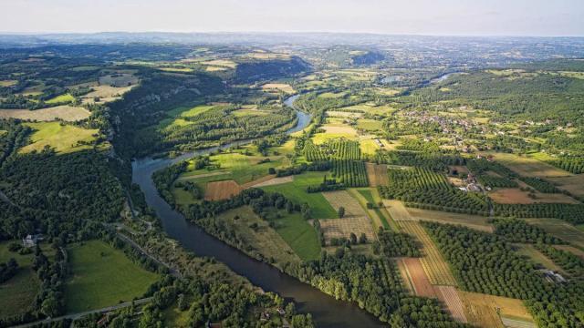 Vallee De La Dordogne Vers Floirac