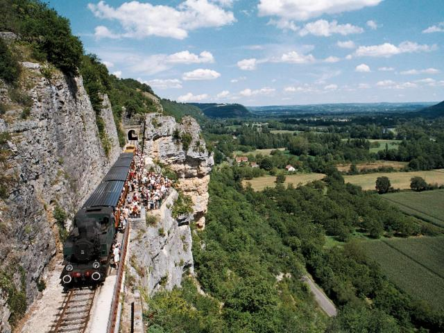 Train Du Hq Martel